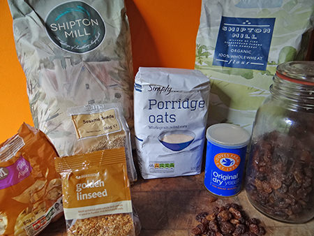 Home-made muesli loaf ingredients