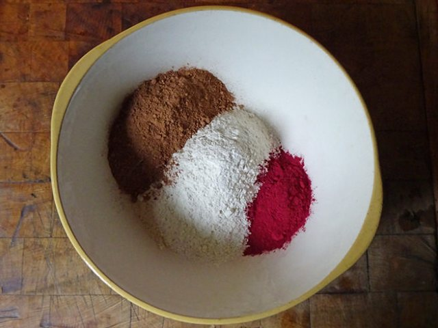 Plain flour, un-Dutched cacao powder and beetroot powder | H is for Home