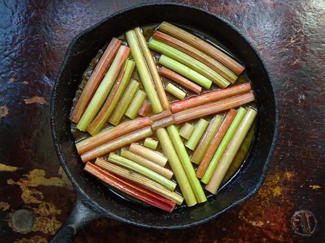 Sliced rhubarb in a cast iron skillet | H is for Home