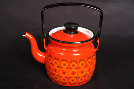 red, vintage Finel enamel kettle