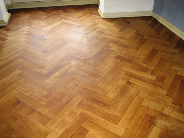 Room with parquet flooring