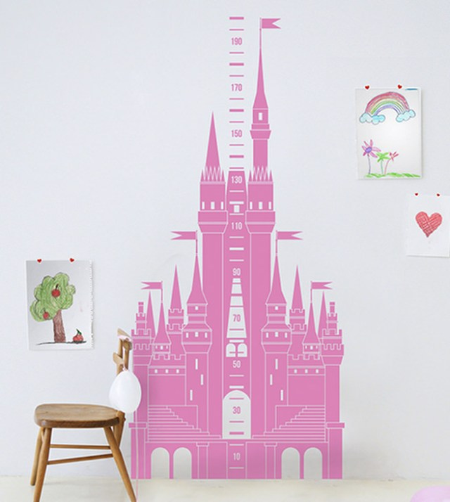 Pink castle vinyl sticker on a bedroom wall