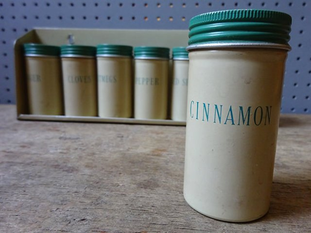 Set of cream & green vintage spice tins with rack | H is for Home
