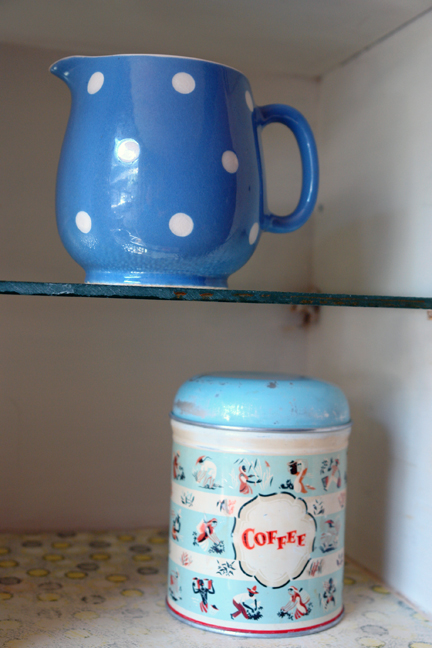TG Green Domino spotted cream jug and vintage Worcester Ware coffee tin