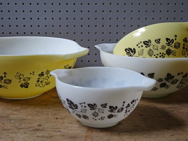 Vintage yellow and white 'Gooseberry' Pyrex Cinderella mixing bowl set | H is for Home