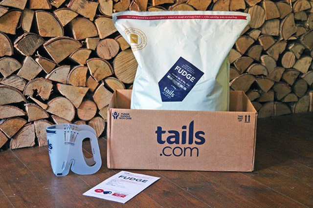 Fudge's tails.com food has arrived | H is for Home