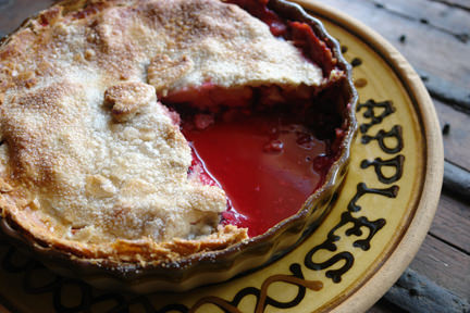 Apple & blackberry pie