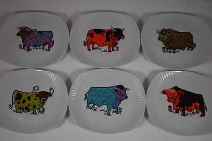 Vintage Beefeater steak plates by Washington Pottery | H is for Home