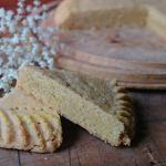 Cakes & Bakes: Elderflower shortbread