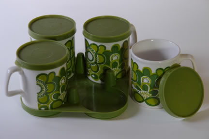 Green & white Staffordshire Pottery lidded mug set | H is for Home
