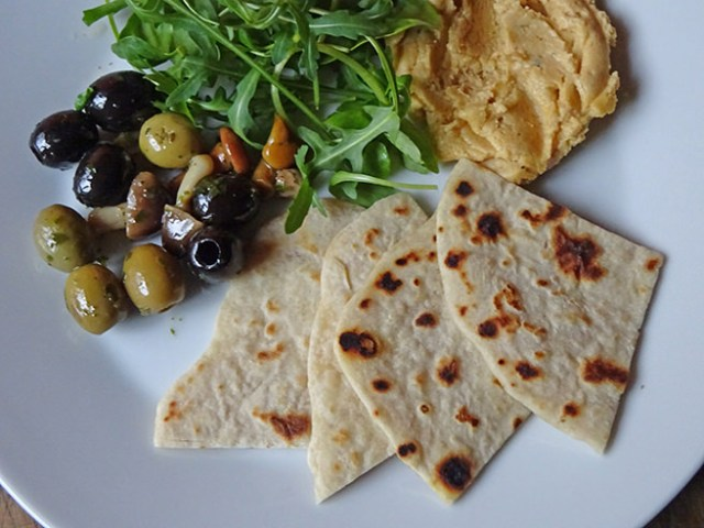 Piadina with olives, hummus and rocket | H is for Home