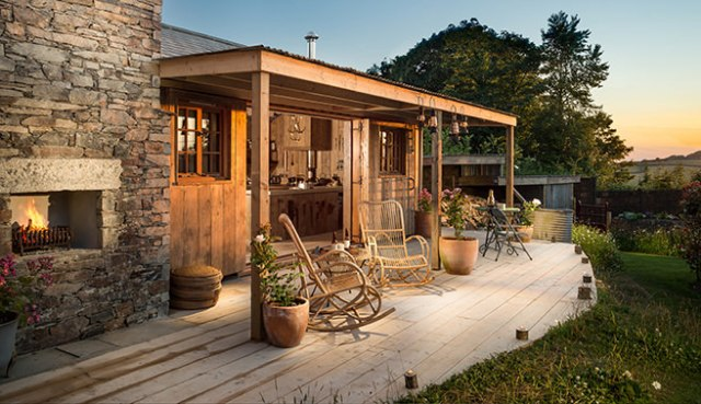 Rustic porch of Firefly holiday cottage in Mawgan Porth, Cornwall