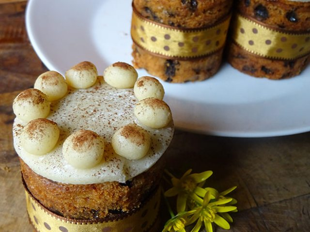 Home-made Simnel cupcakes | H is for Home