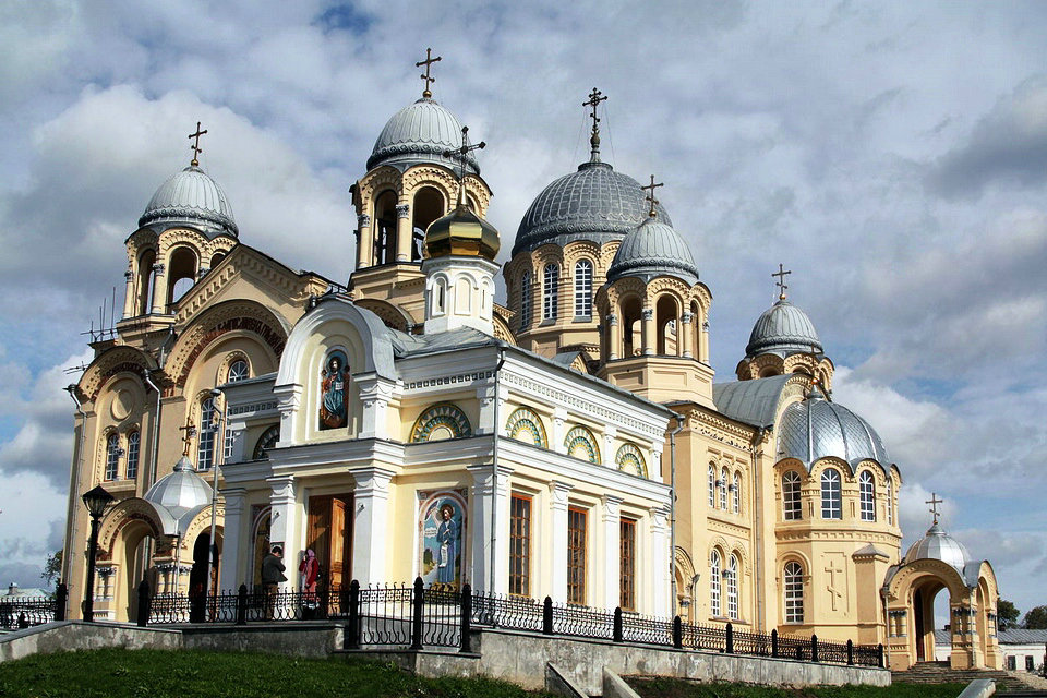 byzantine revival architecture hisour hi so you are