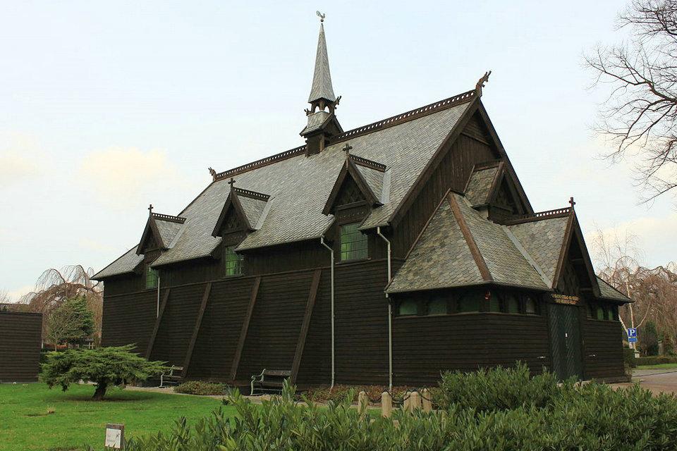 Iglesia de madera – HiSoUR Arte Cultura Historia