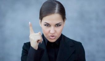 10 maneras de enojar a una mujer