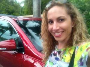 Jeannette con Chevrolet Traverse 2013
