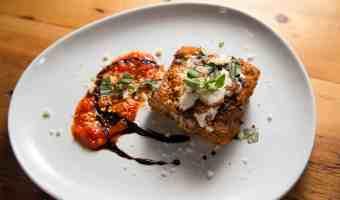 Receta: berenjena a la parmesana con glaseado balsámico