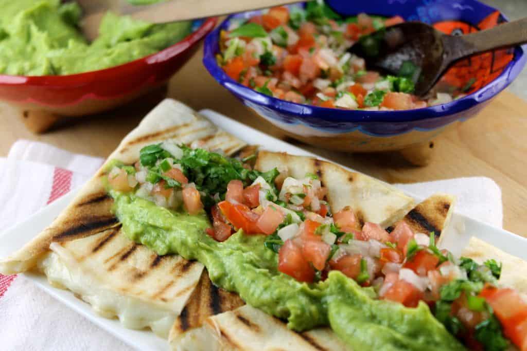 recetas ganadoras para el súper bowl, quesadillas con guacamoles