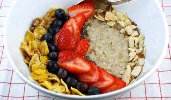 Nutritiva receta de bol de avena y fruta