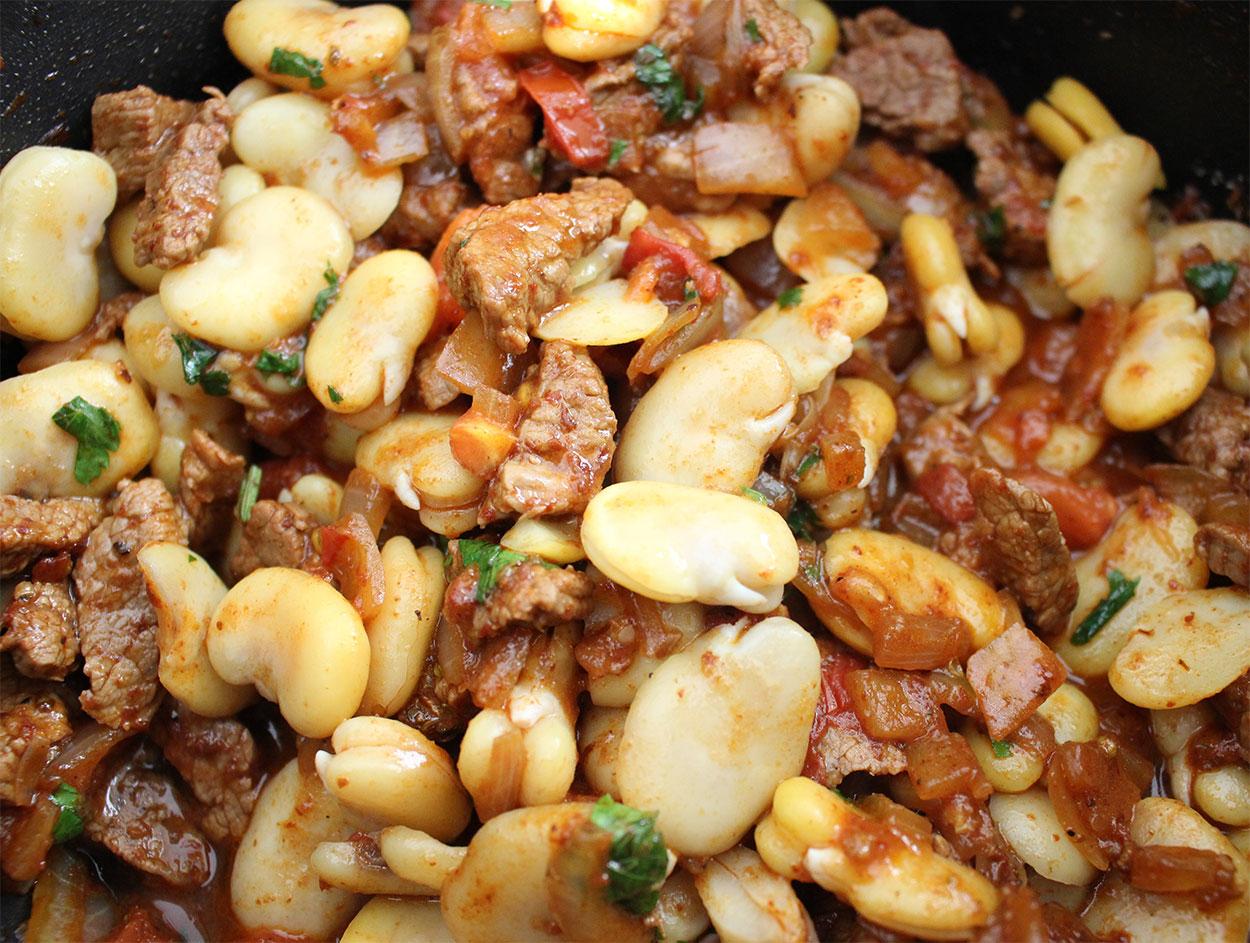 Aji de Habas Secas ( Spice Dried Fava Beans)