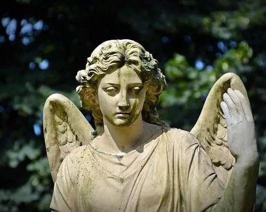 Maximas y minimas: quienes son alguien, necesitan morir para ser inmortales