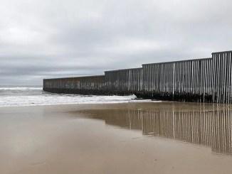 Pataleta por el muro… y capitulación