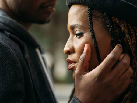 10 Signs Your Relationship Is A Waste Of Time