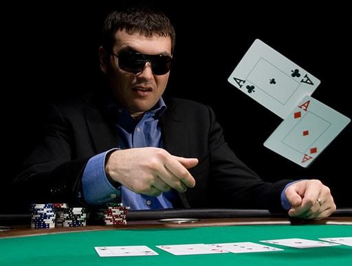 オンラインカジノにおけるバカラとは?
