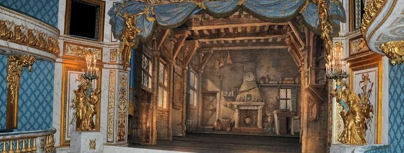 photo de la scène du théâtre de la reine