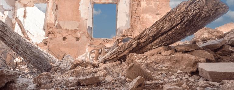 Ruines évoquant la guerre en Syrie