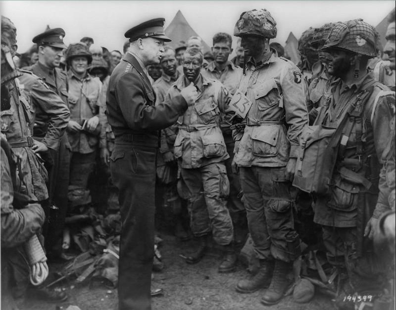 Jour J 1944-Eisenhower et les parachutistes
