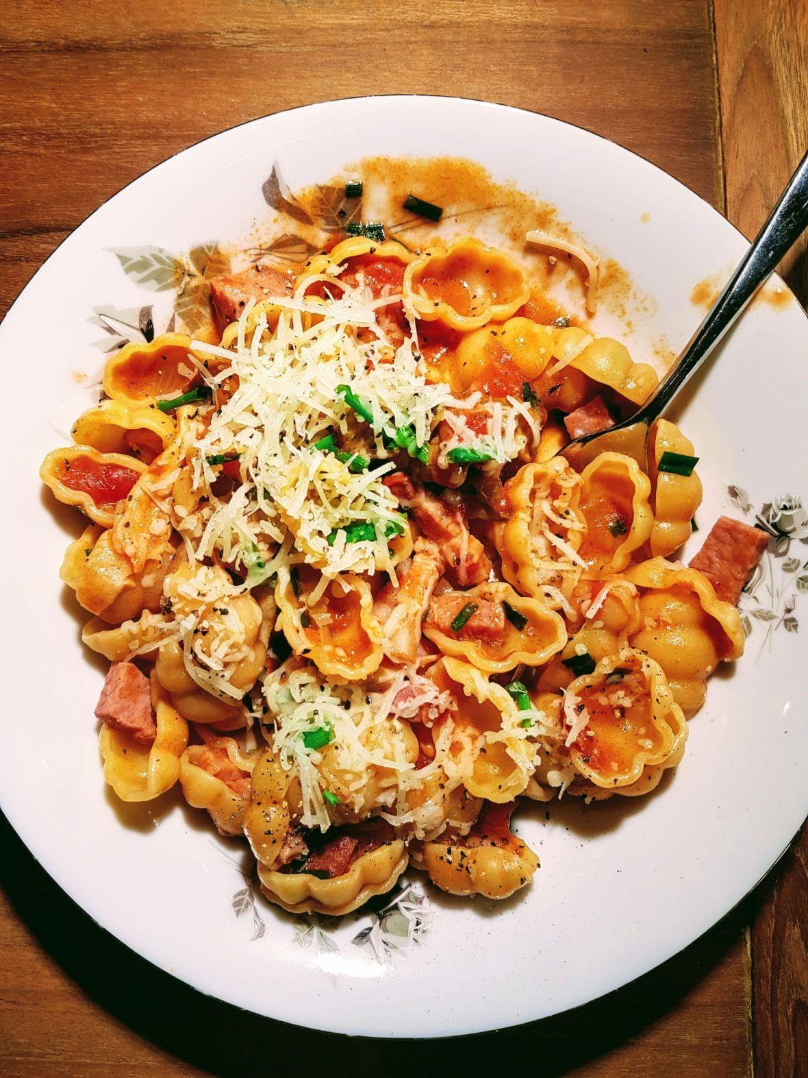 gnocchi au saucisson et tomates