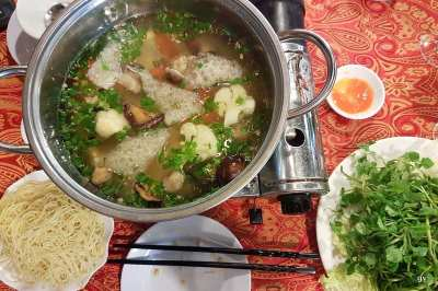 lau, fondue aux fruits de mer