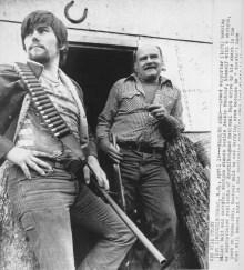 Jackie Vautour, à droite, 28 mars 1980. CEAAC, E-8377.
