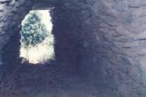 Cabane d'en Coutrès, n°2 Plan de la Cour. A peu près 7 m / L x 2 m / l.