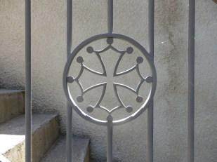 Croix occitane, ferronnerie Rabasa père et fils.