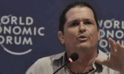 Biografía de Carlos Vives