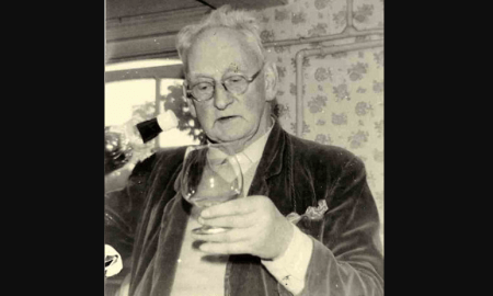 Biografía de Alexander Sutherland Neill