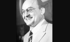 Biografía de Luis Echeverría Álvarez