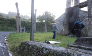 Capela de San Vivenzo de Plancente, en Narón, queimada por actos vandálicos / outno.net