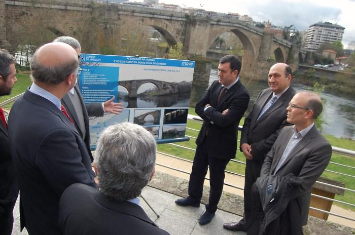 O conselleiro de Cultura, Román Rodríguez, na presentación dunhas obras de rehabilitación en Ourense / xunta.gal