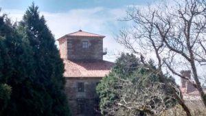 Unha das torres do Museo do Pobo Galego / Consorcio