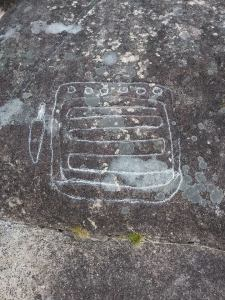 Agresións aos petróglifos de Outeiro do Corno, en Teo / Concello de Teo