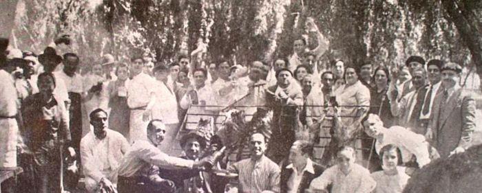 Un dos multitudinarios asados feitos polos emigrantes en Arxentina. Desta volta son os da Sociedade Vigo / LPL