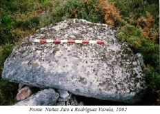 Esteo do dolmen de vilavite, orixinalmente, na parte superior