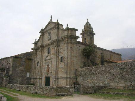 Oia, fachada occidental / foto José Antonio Gil Martínez CCby Wikimedia