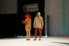 Deseños de Esteban Freiría na Mostra de 2o19 / foto Concello de Camariñas