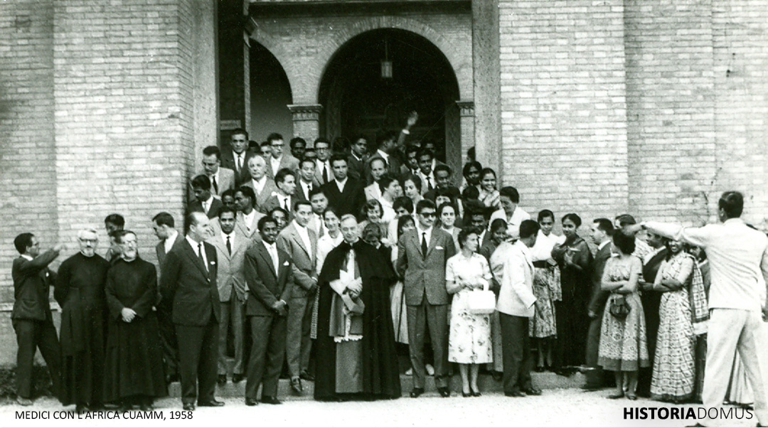 """Pope Pius XII with the participants of the conference on """"The cooperation of the lay people of Asia and Africa with the missionary apostolate"""" in September 1958."""