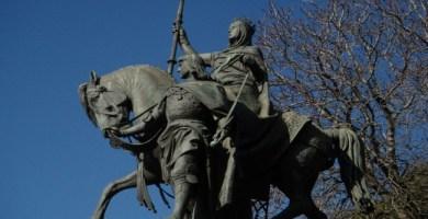 Monumento ecuestre de Isabel la Católica en Madrid